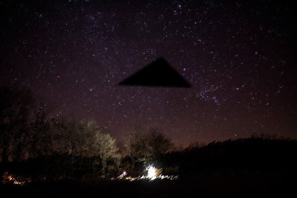 UFO News ~ UFOs Flying Dark plus MORE Triangle-ufo-night