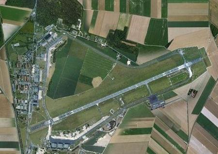 La base aérienne de Reims reconvertie en parc d'attractions? Reims-20101006