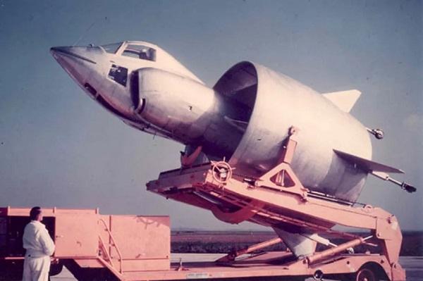 Il y a 60 ans, l'aventure du révolutionnaire projet d'avion C-450 « Coléoptère » prenait fin  . C450-20190728