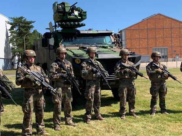 SCORPION : Le premier véhicule blindé blindé multi-rôles « Griffon » a été livré à l'armée de Terre . Griffon-20190704