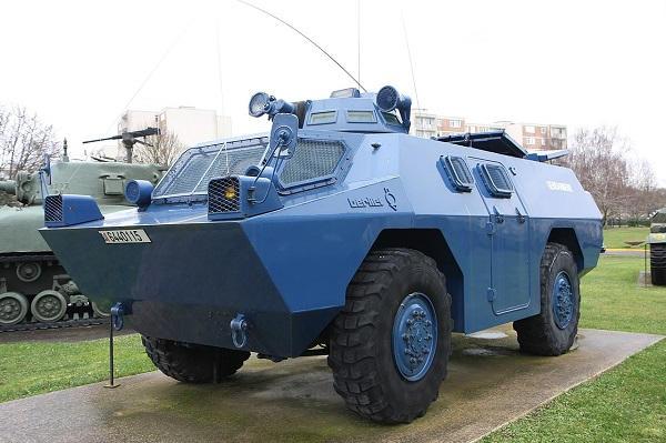 Usure avancée de certains équipements de la Gendarmerie Vbrg-20171208