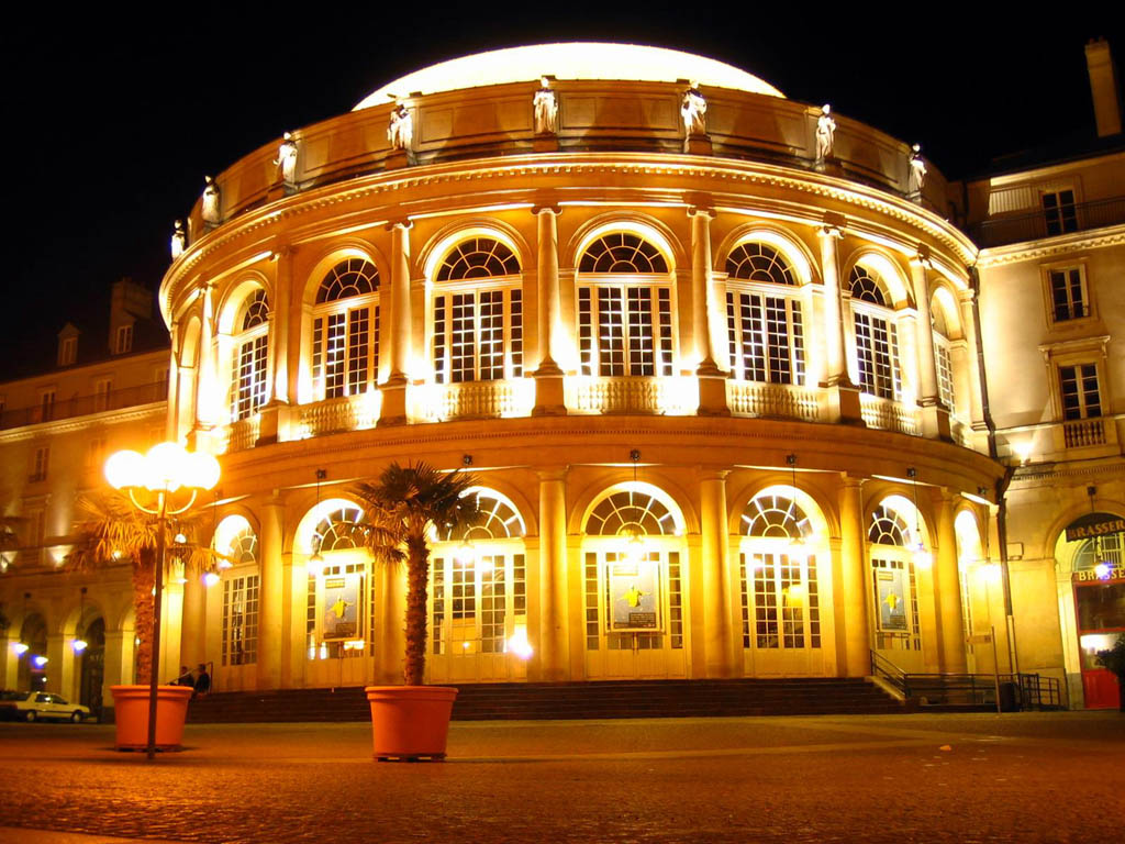 RENNES - Les impromptus - Page 4 Rennes_sightseeing