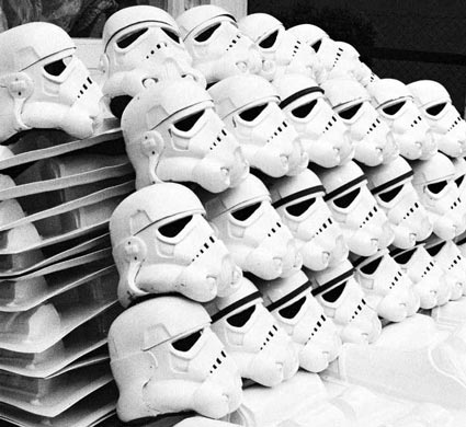 Do you paint all the ears when doing a build  Orignial-stormtrooper-helmets-andrew-ainsworth-star-wars-a-new-hope-x425