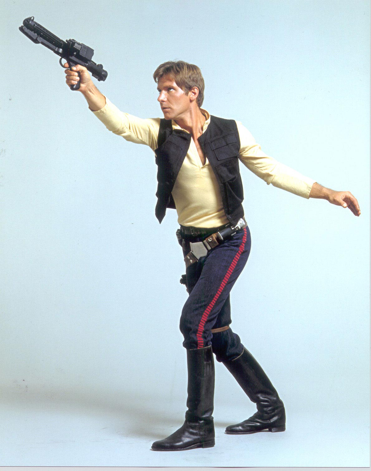 [Sideshow] Star Wars:  Captain Han Solo  - Hoth Sixth Scale Figures Han-solo-star-wars-chronicles-promo-stormtrooper-blaster-alt