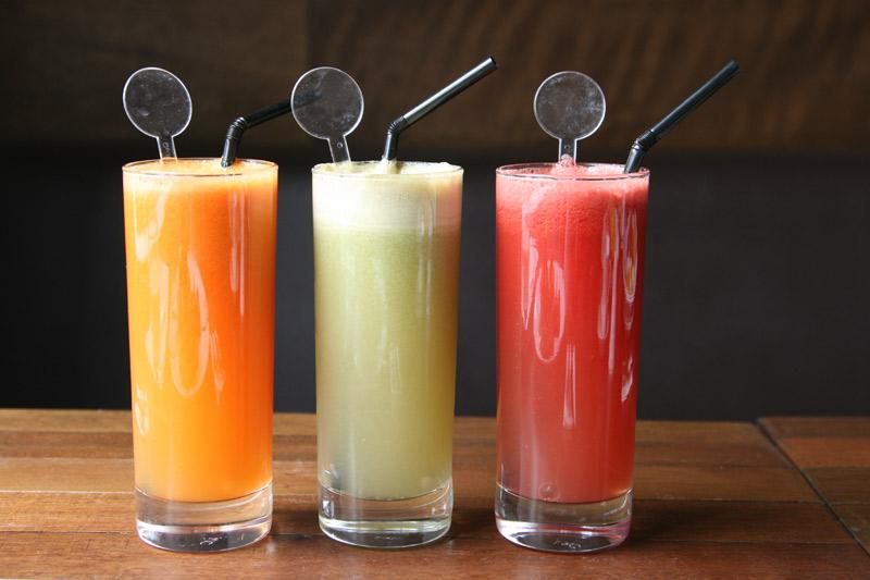 يالا نحتفل بعيد ميلاد اغلى الاعضاء Fresh-Juices