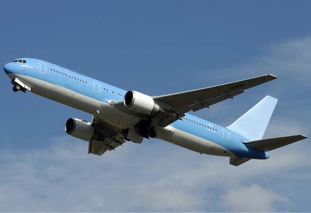 Θέλω μια φωτογραφία... - Σελίδα 11 Aeroplano-se-keno-aeros-01