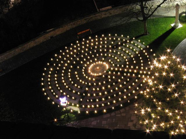 Plamen svijeća Labyrinth_kerzen