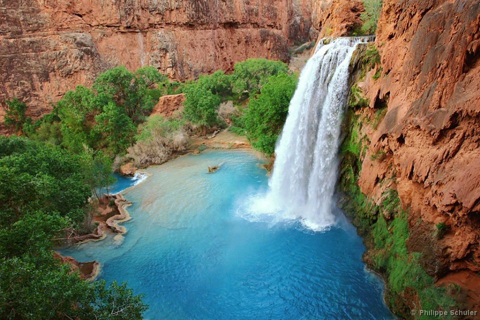 Une cascade, le bruit de l\'eau, nos sens en eveille - Page 2 Havasu%20Falls%20in%20early%20evening