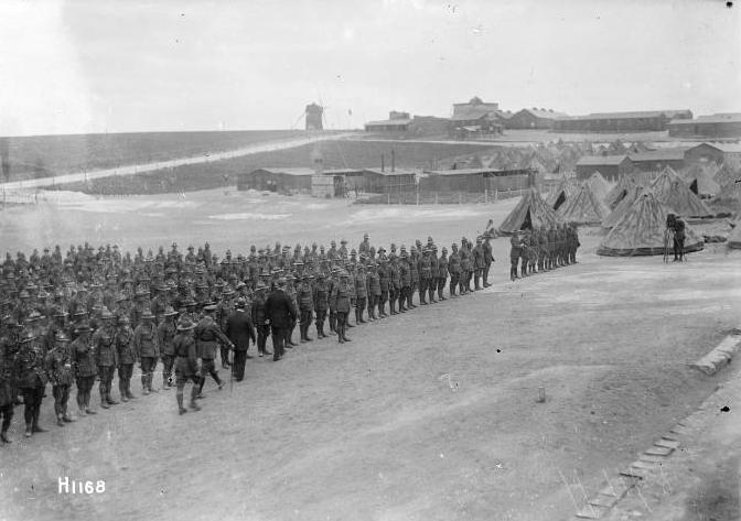 BULLRING / ETAPLES 1917 Etaples2