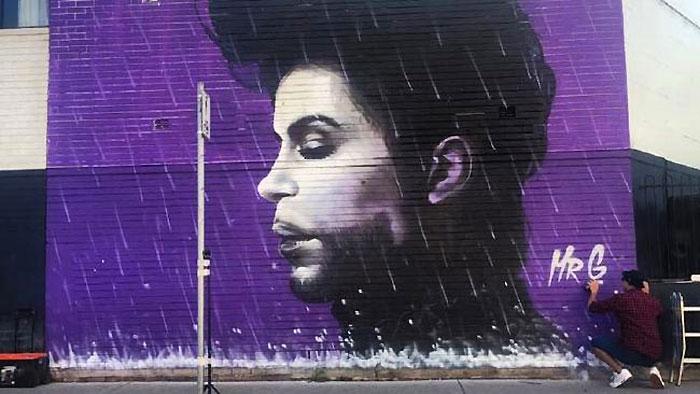 des streets arters ? et une question ? Prince-by-Mr-G-aka-Graham-Hoete-Liverpool-Australie