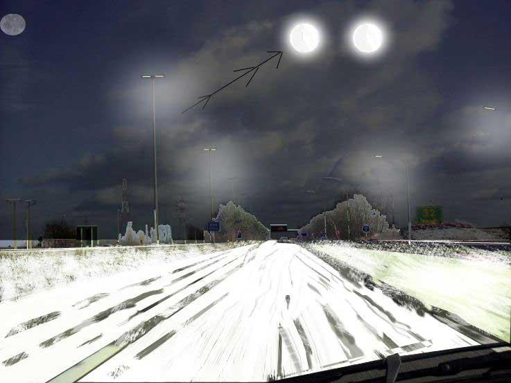 2009: le 25/11 à 21 h - Boules lumineuses -  Ovnis à MAUBEUGE  - Nord (dép.59) Fleurus2