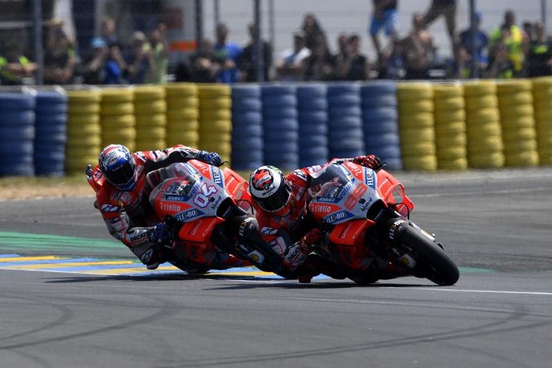 MOTO GP GRAND PRIX DE FRANCE 2018 - Page 2 Dovizioso-Lorenzo-Le-Mans-2018