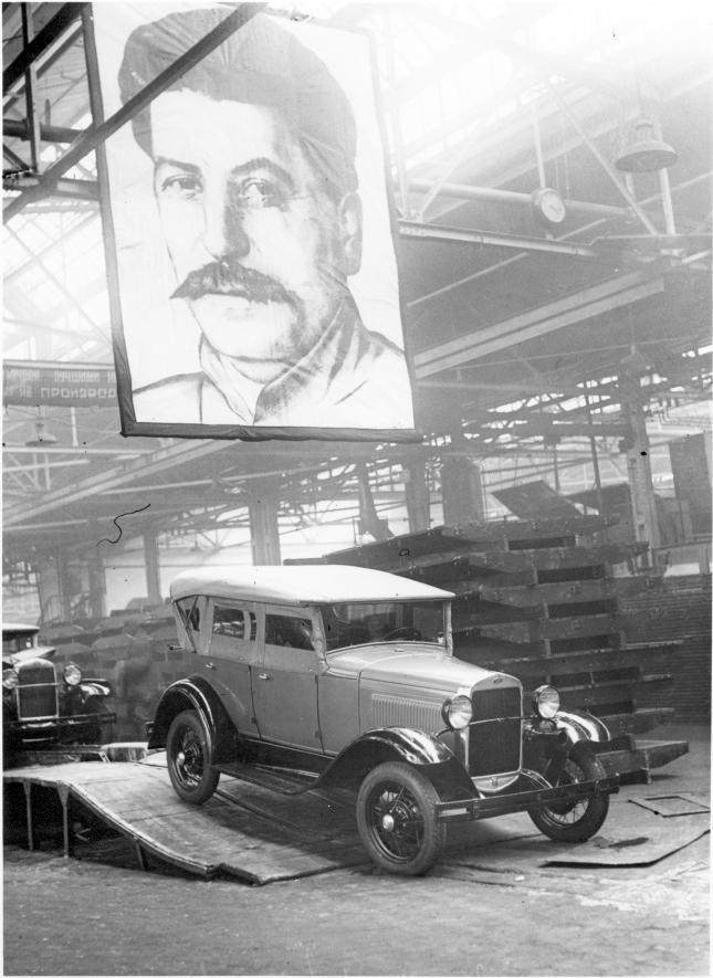 Estalinismo  y  post estalinismo.El capitalismo estatal  de la URSS  en ejemplos. Variedad del capitalismo,imperialismo, sangre y engaños. [HistoriaC] Ford-Stalin