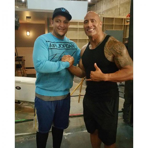 ¿Cuánto mide Dwayne Johnson (The Rock)? - Altura - Real height Mc-600x600