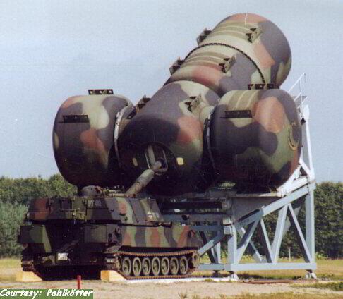 Crean un prototipo de tanque invisible a detección por infrarrojos Bw_pzh_155mm_m109_schalldaempfer_wtd_meppen-001