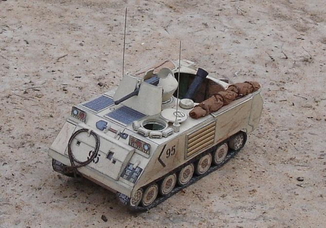 اكبر و اوثق موسوعة للجيش العراقي على الانترنت M1064A2_UD_desert_view