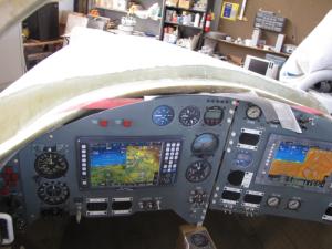 Le Lynx d'XCOR Aerospace [en faillite] - Page 2 Lynx_cockpit_1-300x225