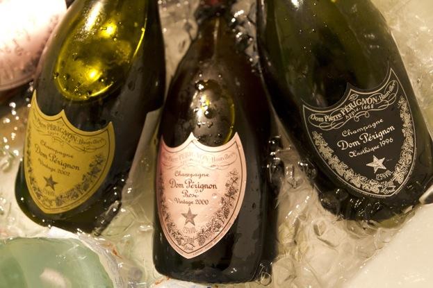Joyeux anniversaire Ajonc  Dom-perignon-brut-vintage-2002-rose-2000-oenptheque-1995-1996