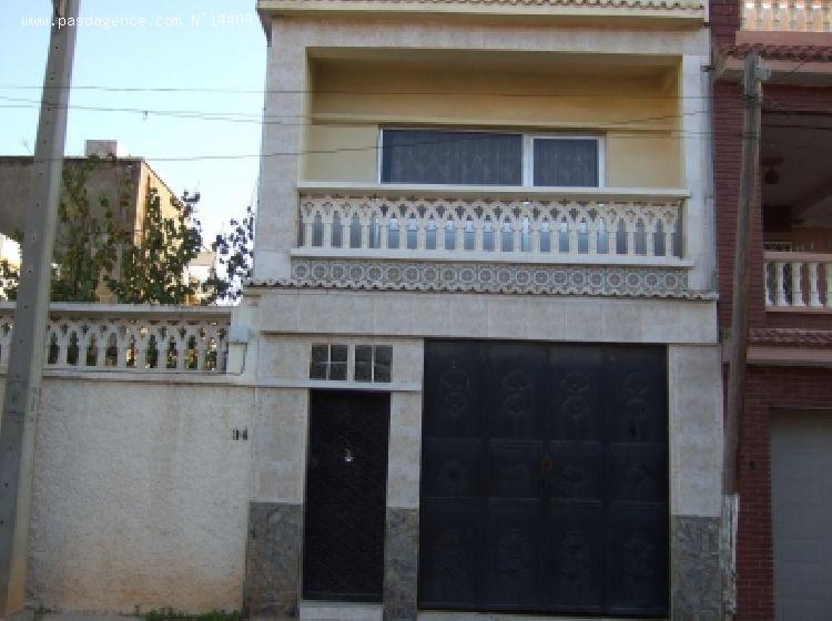 Choisisez votre maison préférée - Page 34 18121-2-facade