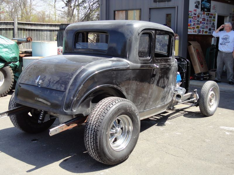 1932 Ford Coupe Project - Page 2 00049a