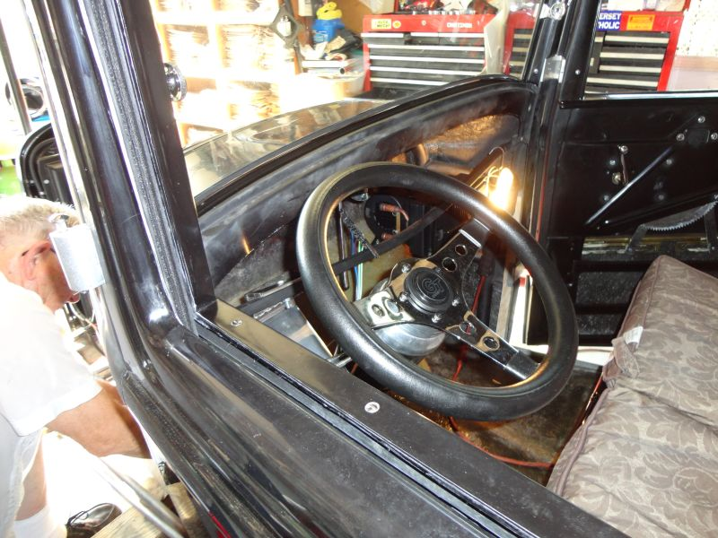 1932 Ford Coupe Project - Page 3 00183a