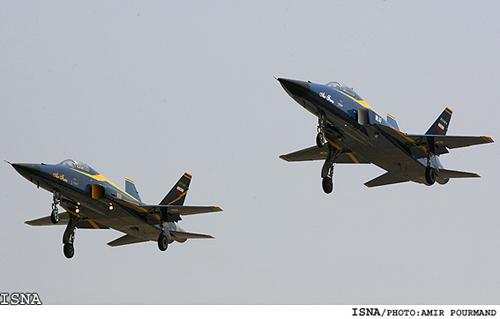 Tag 16 en El Foro Militar de Venezuela  Saeqeh-fighter-plane-test-Tehran2