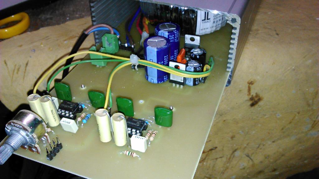 lme49600 amplificatore cuffia Dsc_0057
