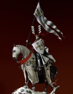 Chevalier porte - Etendard fin XIII ème - Photos finales B2b_PEG_75-912_1