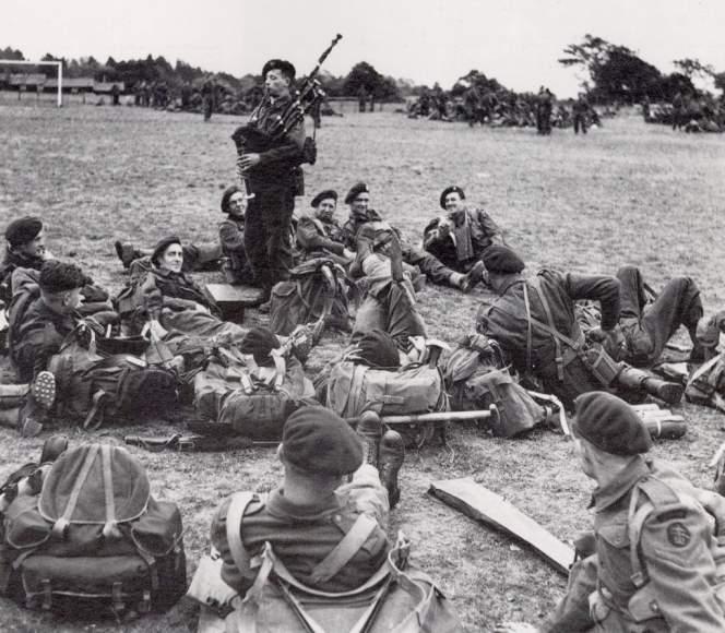 Bill Millin: Lord Lovat's D-Day Piper Pic_Bill_Millin_1