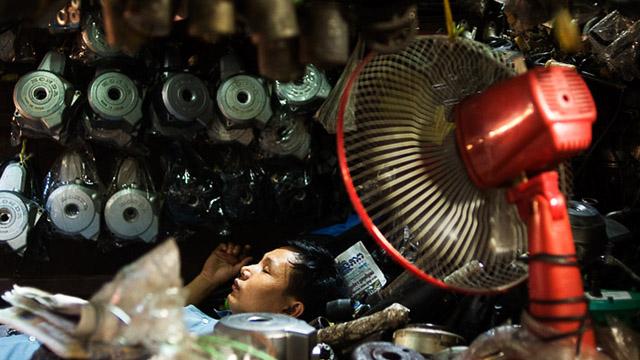 L'homme qui photographiait les rêves Laos_philippon_dormeurs_001