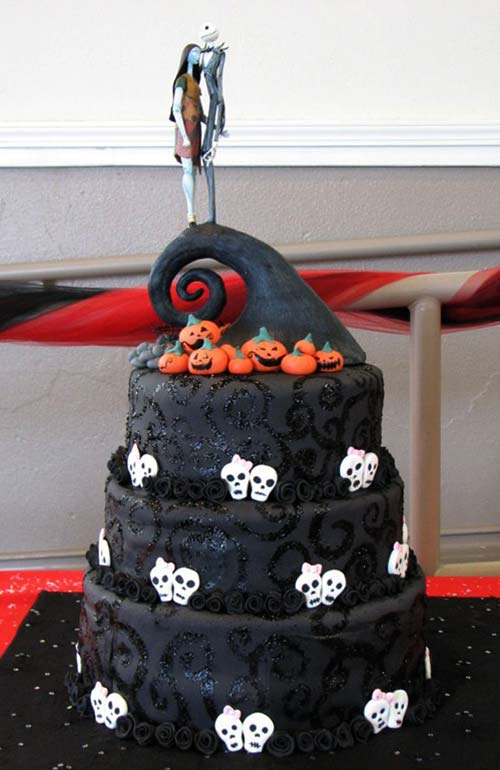 Trick or Treat!!!! Desde las catacumbas del Monasterryo entregando primeros regalitos Nightmare-before-christmas-cake-4