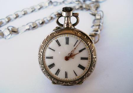 La quête du Graal... Le-coultre-montre-ancienne-perles-du-temps1