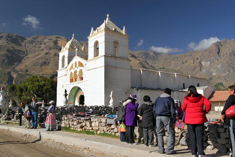 Peru - Page 5 Turismo_responsabile_peru_-_peruresponsabile_-_colca_canon_-_chiesa_Yanque