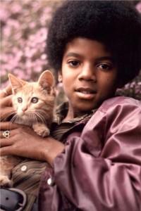 Michael e gli animali!! - Pagina 3 Michael-jackson-200x300