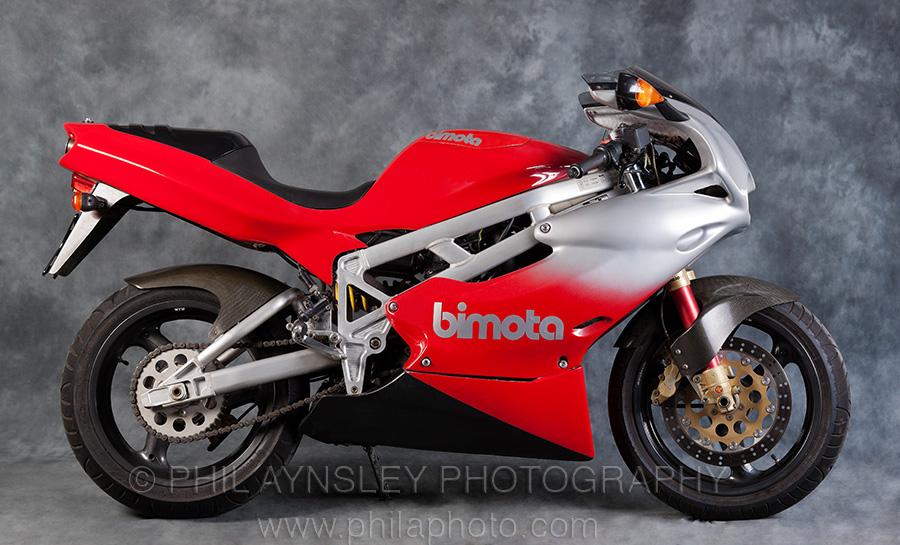 LC4 640 Racer... en 3D !!  PA-2011_BimotaBB1-001