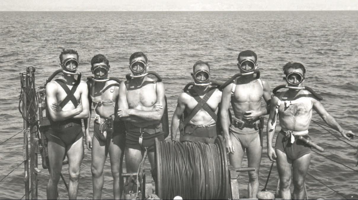 Les plus belles photos d' AQUAFAM Equipe_grs_fin1947