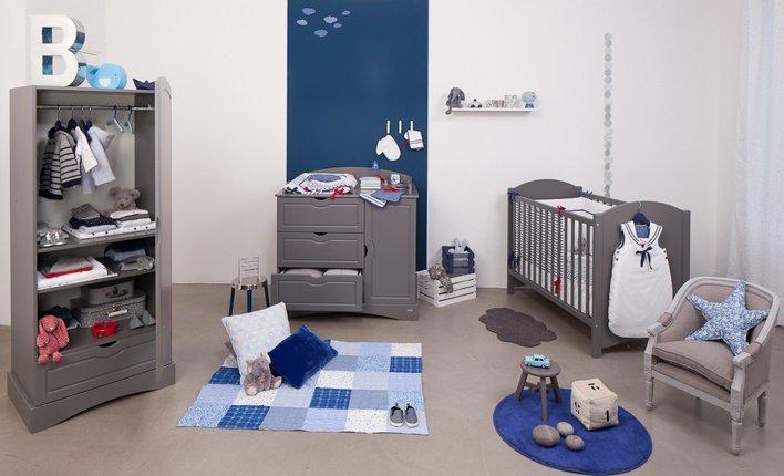 *Tessychou* [Sous pente: Chambre=11m² + Mezzannine=20m²] Avis P.4?? Photo-decoration-d%C3%A9coration-chambre-b%C3%A9b%C3%A9-gar%C3%A7on-gris-8