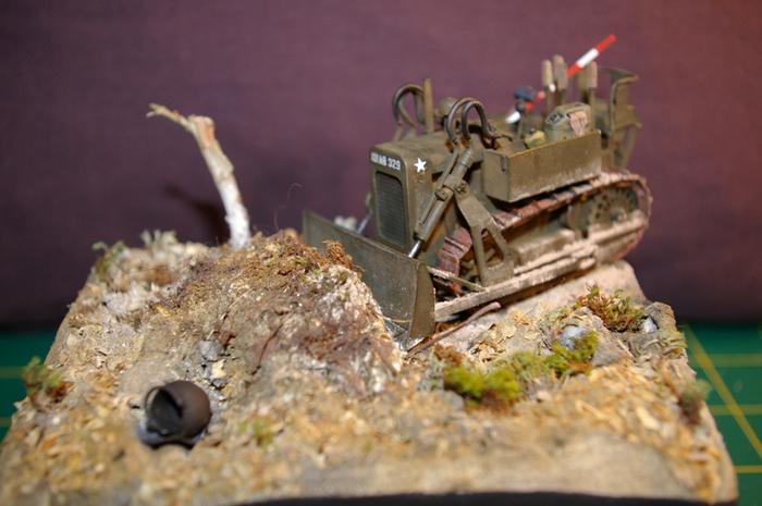 Dozer Clarck calibre 35 en diorama M_270699759_0