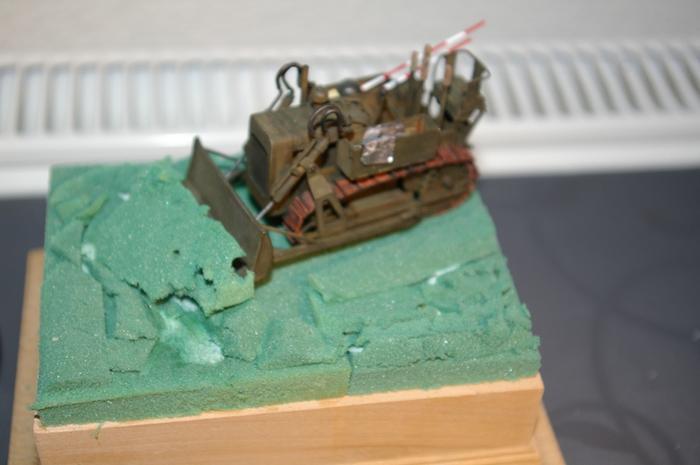 Dozer Clarck calibre 35 en diorama M_270717499_0