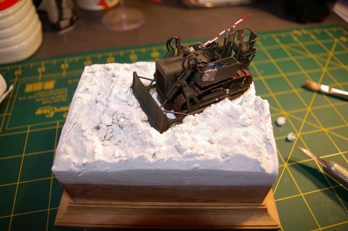 Dozer Clarck calibre 35 en diorama M_270717514_0