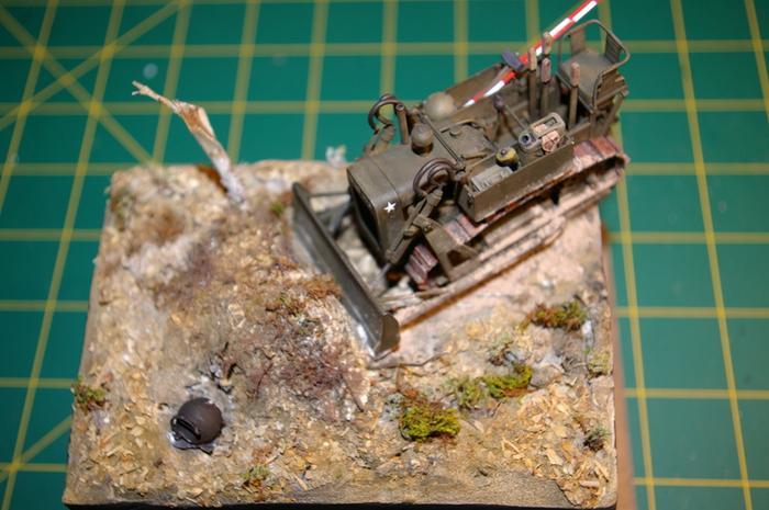 Dozer Clarck calibre 35 en diorama M_270717570_0