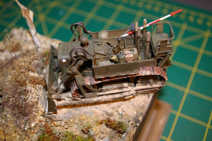 Dozer Clarck calibre 35 en diorama M_270717581_0