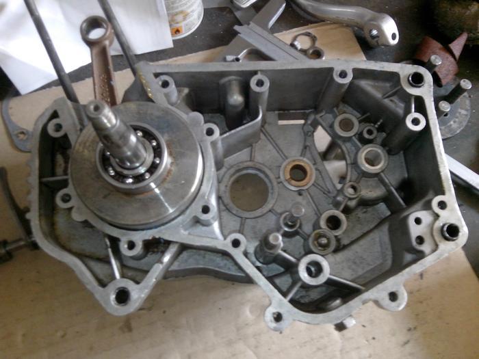 TUTO : comment remonter son bas moteur Minarelli P6 M_440895797_0