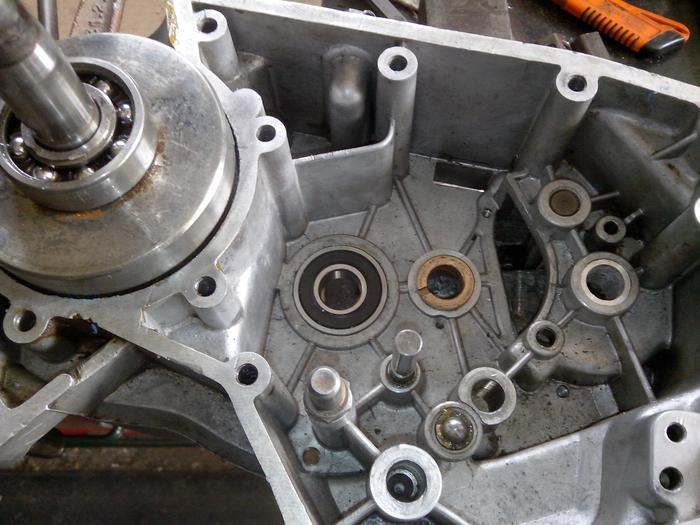 TUTO : comment remonter son bas moteur Minarelli P6 M_440895869_0