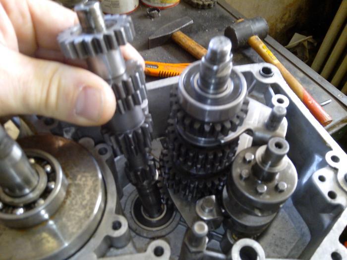 TUTO : comment remonter son bas moteur Minarelli P6 M_440897326_0