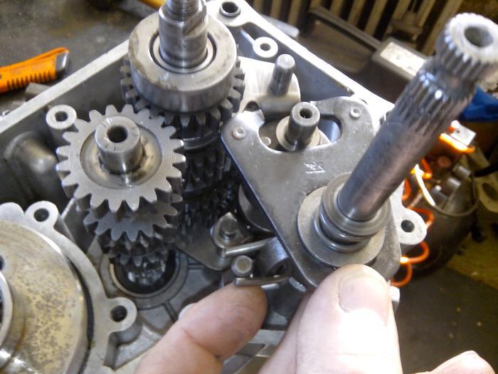 TUTO : comment remonter son bas moteur Minarelli P6 M_440897699_0