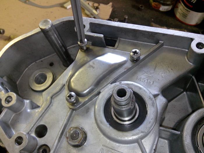 TUTO : comment remonter son bas moteur Minarelli P6 M_440900790_0