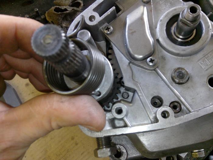 TUTO : comment remonter son bas moteur Minarelli P6 M_440901359_0