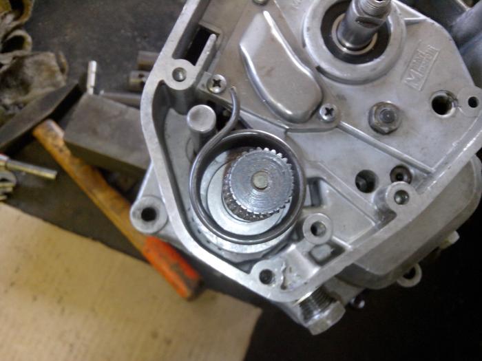 TUTO : comment remonter son bas moteur Minarelli P6 M_440903376_0