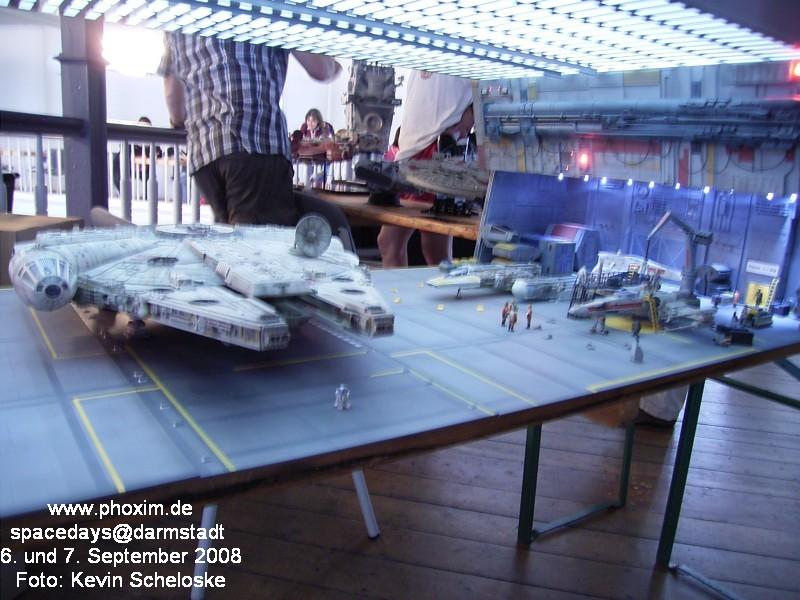 une superbe representation du hangard rebelle Spacedays2008_028